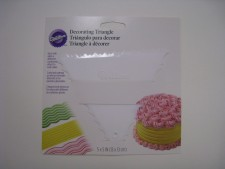 Utensil - Wilton Decorating Triangle Comb