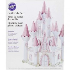Wilton Romantic Castle Display Set
